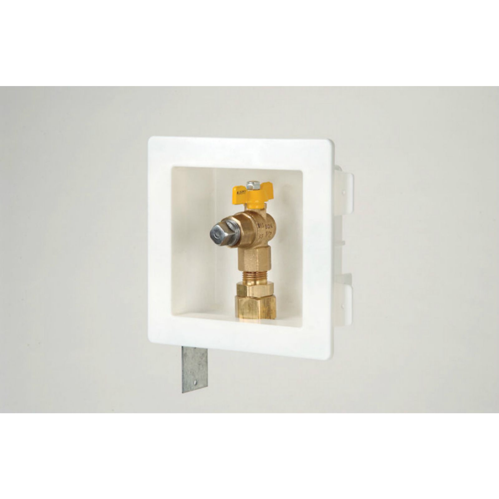 "Gastite XROUTLETBOX-8 - Recessed Gas Outlet Box Kit With 1/2"" Fitting"